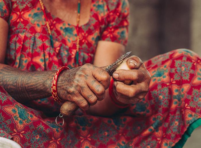 Kuchařka šmrncnutá Nepálem a Indií